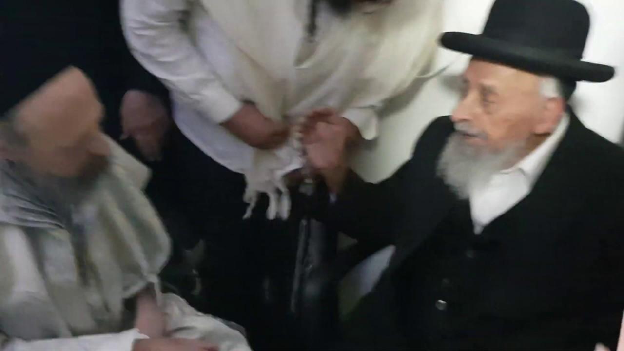 """הרב שמעון בעדני בביקור אצל הרב דב קוק - ר""""ח אייר תשע""""ט"""