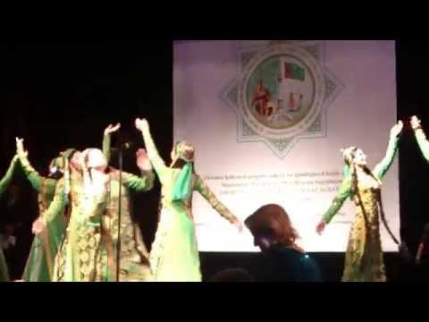 Turkmen dance in Minsk (2014)