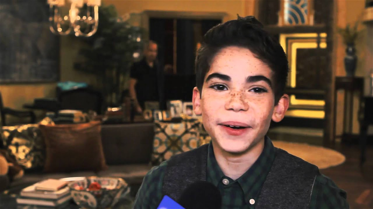 Cameron Boyce On Set Jessie Interview Youtube