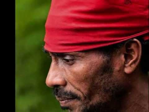 ALIFURU MALUKU - The First People Of The Pacific Islands
