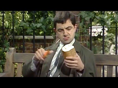 Bean's Way | Three Beans | Classic Mr Bean