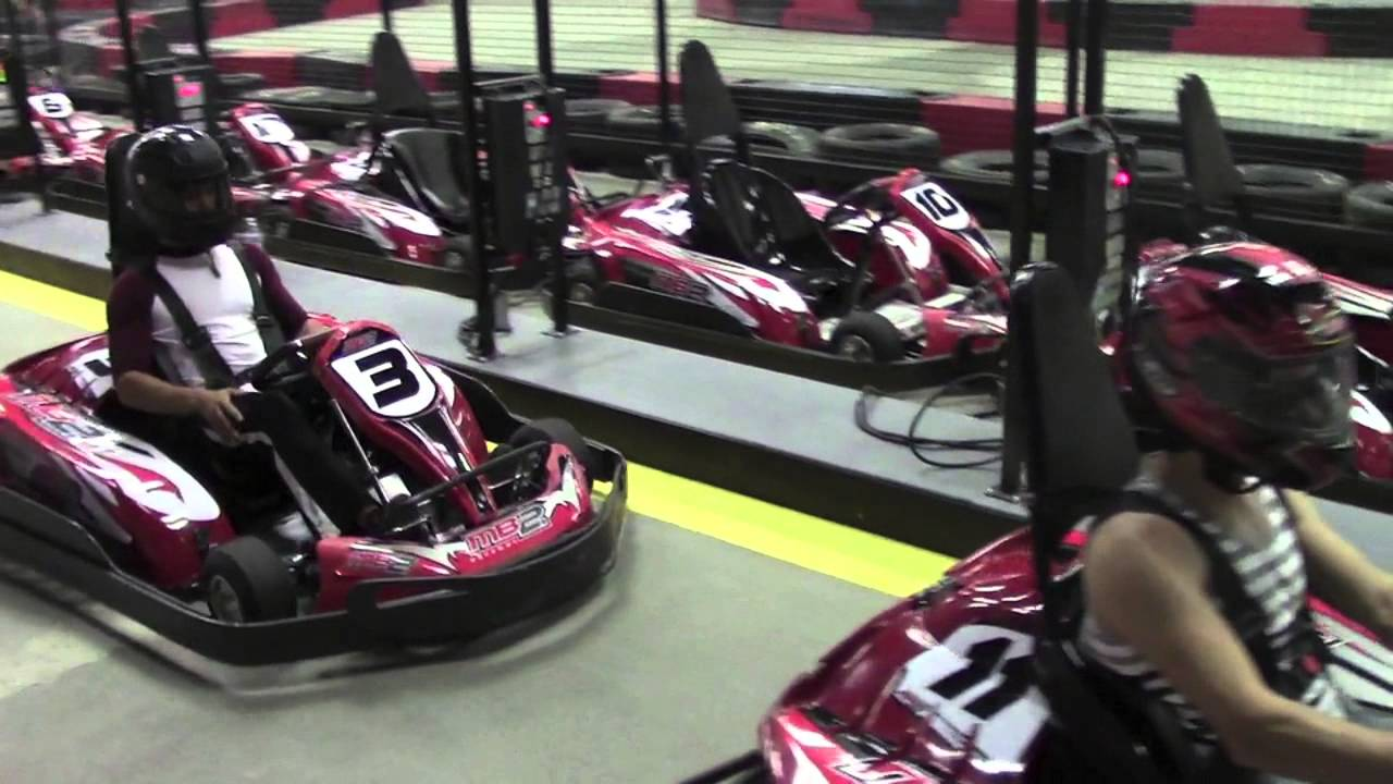 Cars Of Clovis >> MB2 Raceway for electric cars opens at Clovis mall - YouTube