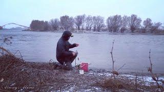 Зимняя рыбалка на открытой воде. Ловля на донку (закидушку). Щука, густера.(Не большая вечерняя рыбалка 17 ноября 2016. Дул сильный ветер и валил снег, к вечеру температура начала резко..., 2016-11-24T16:03:13.000Z)