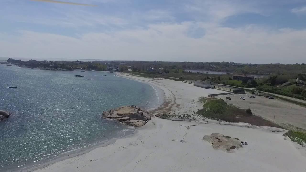 Gooseberry Island Beach