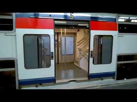 Départ d\'un MI2N de la RATP sur le RER A à Nogent-sur-Marne. - YouTube