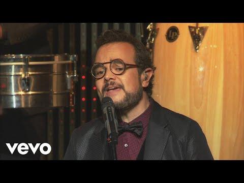 VIDEO: Aleks Syntek - Tu Recuerdo Divino (Versión Bodas [En Vivo]) ft. Los Ángeles Azules