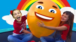 Five Kids Family Play Hide And Seek With Ballons and Finger Family song for kids | Children songs