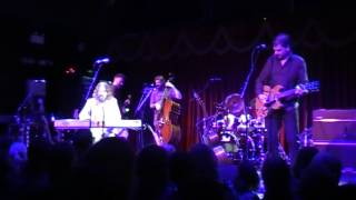 Hothouse Flowers - Christchurch Bells