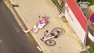 Mathieu van der Poel WILD Wipeout At Tour of Flanders