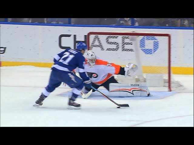 Point, Stamkos score SO goals to lead Lightning to victory