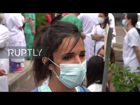 France: Health workers