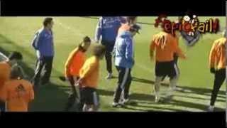 Discusión entre Cristiano Ronaldo y Xabi Alonso por Nike y Adidas | 01-02-2014