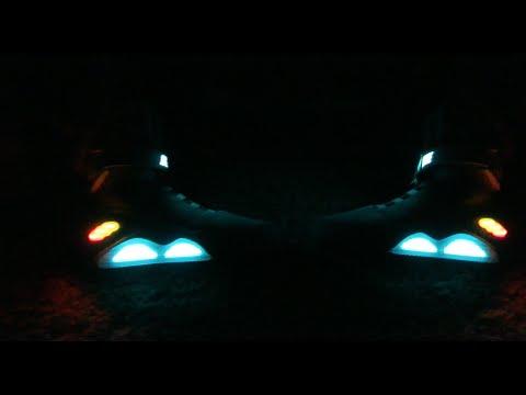 Bald selbstschnürende Schuhe von Nike kaufen: Zurück in die