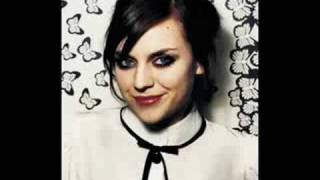 The Road To Home - Amy MacDonald ♪