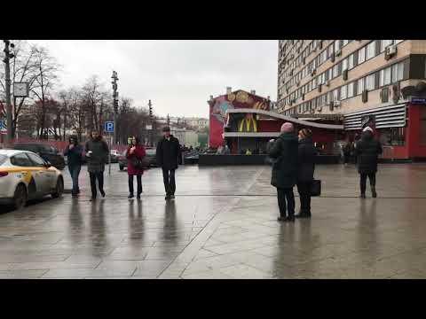 Moscow life, Eliseevsky store on Tverskaya street