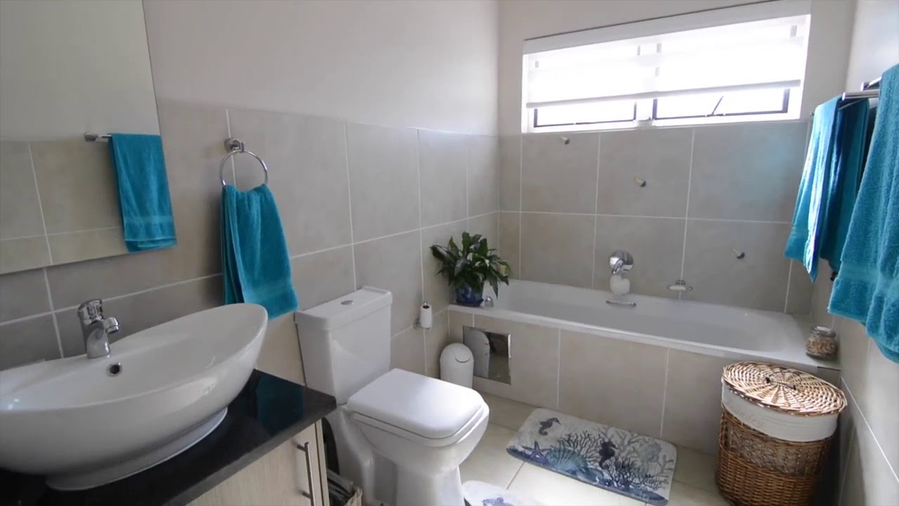3 Bedroom House For Sale in Eastlands Mature Lifestyle