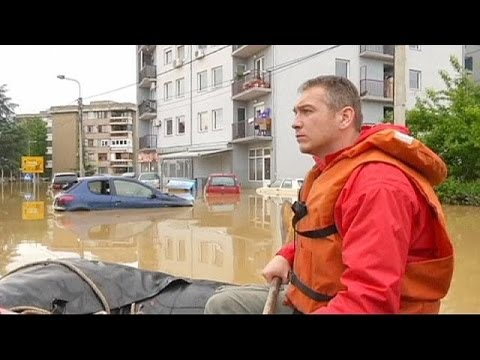 Dozens dead, tens of thousands evacuated from Balkans flooding