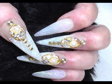 Christmas Stiletto Nails.Dreaming Of A White Christmas Stiletto Nails