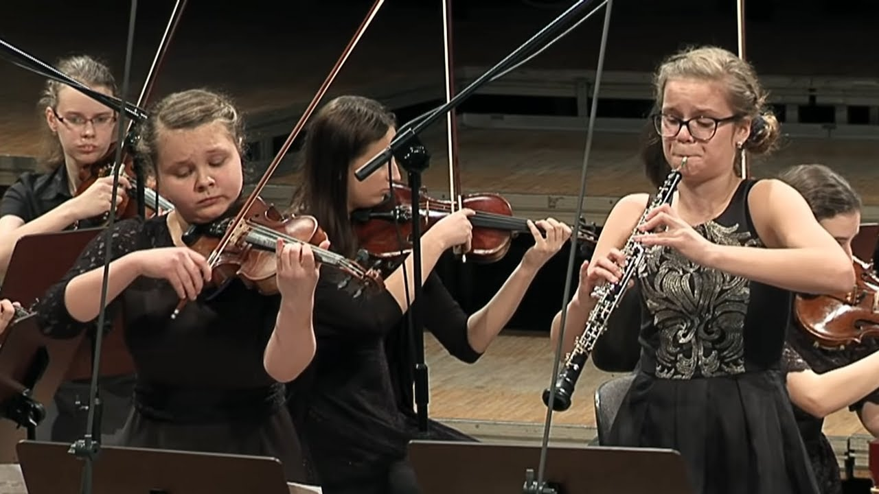 J. S. Bach – Concerto for oboe & violin BWV 1060 Alicja Matuszczyk – oboe, Julia Iskrzycka