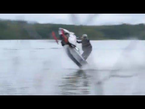 Snowmobile Vs. Jetski watercross BIISONIMAFIA from YouTube · High Definition · Duration:  1 minutes 34 seconds  · 1849000+ views · uploaded on 25/09/2014 · uploaded by Biisonimafia