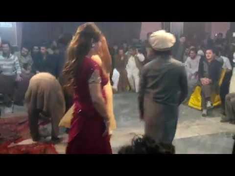New Pashto Mast Mujra Dance 2016