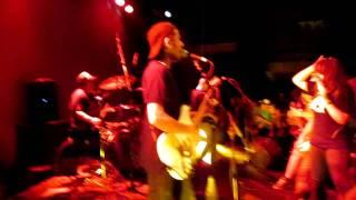 gufi apariencia en vivo (live)