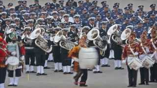 Beating Retreat 2015 Flavoured With Indian and Western Music - TOI