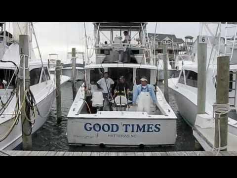 Hatteras Deep Sea Tuna Fishing Perfect Storm ; )