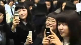 090211 Yoona  Snsd  High School Graduation 1