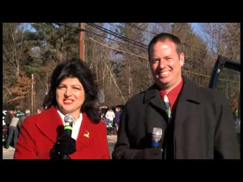 "2015 Salem, NH Holiday  Parade ""It"