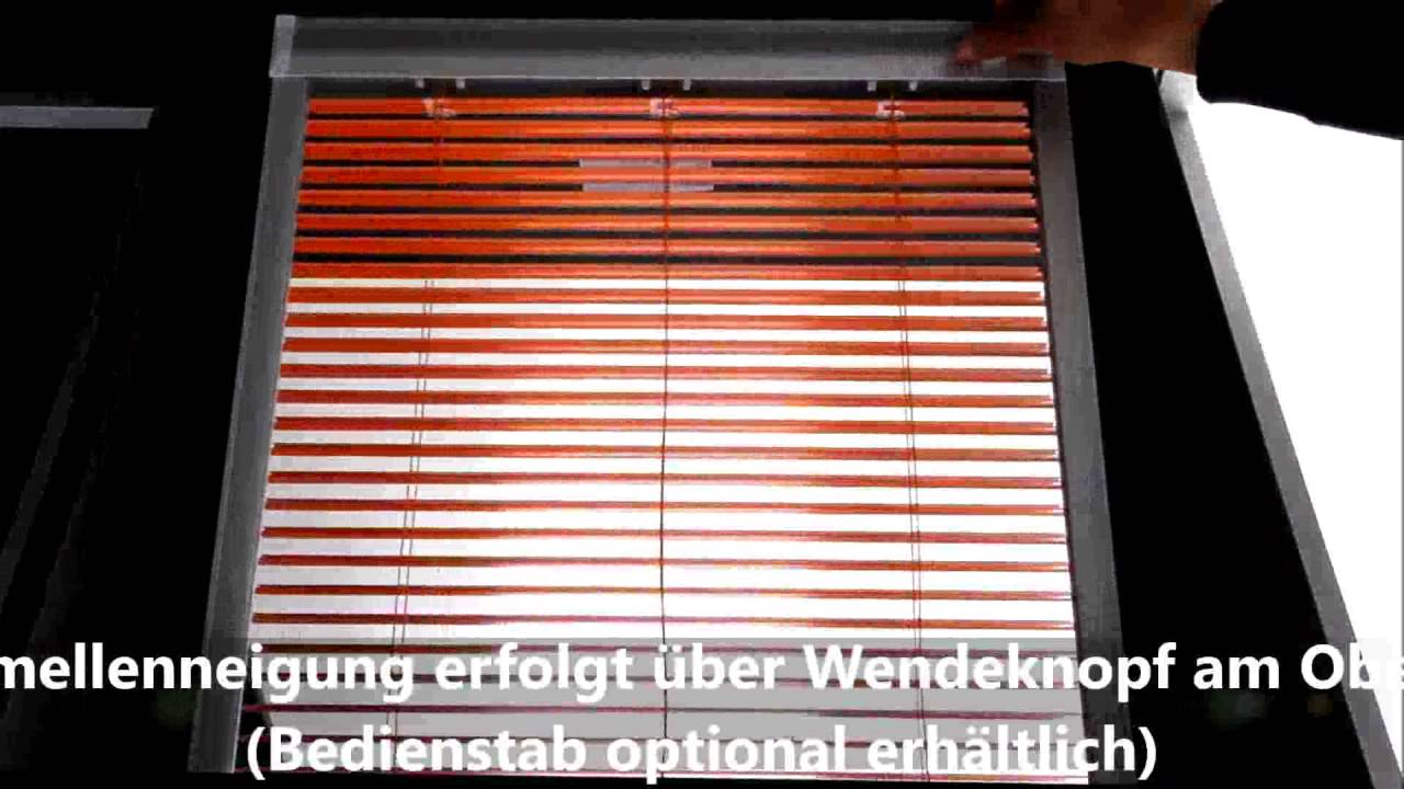 bedienung dachfenster jalousie youtube. Black Bedroom Furniture Sets. Home Design Ideas