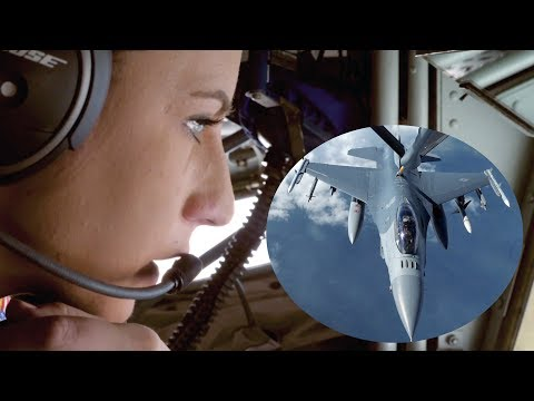 KC-135 Stratotanker Air Refueling Jet Fighters