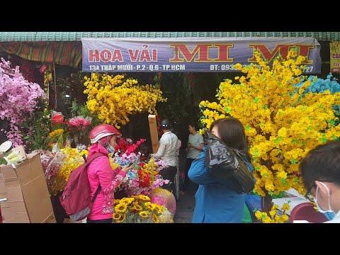 Đi CHỢ LỚN coi sắm đồ Ăn Tết ta 2019 ở Sài Gòn   Tết Việt 2019