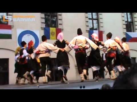 Szerbia csoportja -- Folklórgála 2011 -- Sárvár (2)