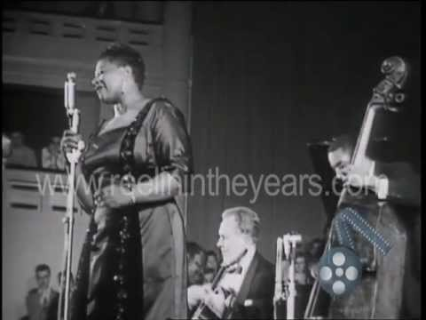 "Ella Fitzgerald- ""It Don't Mean A Thing If It Ain't Got That Swing"" 1957 (RITY Archives)"