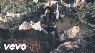 Смотреть клип Carlos Sadness - El Cazador Y La Serpiente