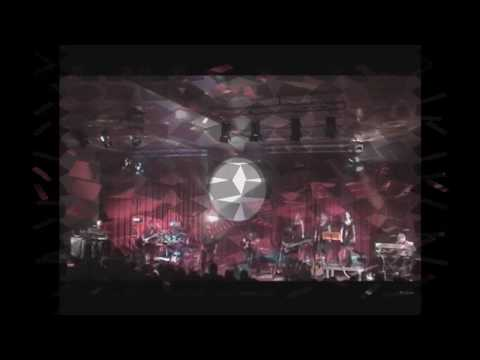 Time Machine Pink Floyd Tribute Band - The Pink Fl...
