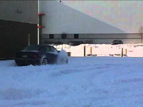 Audi S4 quattro EDL / ESP / ASR / Traction Control / AWD function in Deep Snow...