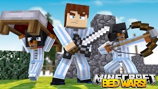 Minecraft BED WARS - CAN WE DEFEND THE LITTLE CLUBS BEDS OR DIE???