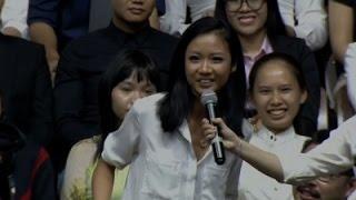 شاهد.. مطربة راب فيتنامية تُغني لـ«أوباما»