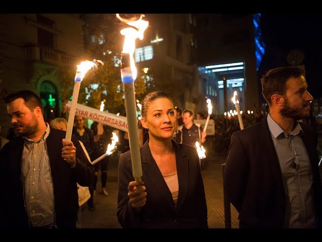 Így tiltakoztak a tandíj ellen a Corvinusnál