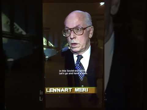 Estonian president Leenart Meri holds press conference in Tallinn Airport Toilet