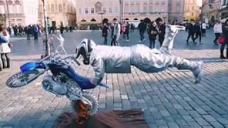 INCREDIBLE Mime Street Artists in Prague, Czech Republic 🇨🇿