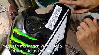 Video Proses Pemasangan Water Decal Helm Produksi RONIta Digital Printing download MP3, 3GP, MP4, WEBM, AVI, FLV November 2018
