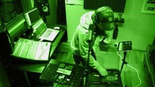 Loop Pedal/Beatbox/Vocal Impro @Frog Leap Studios
