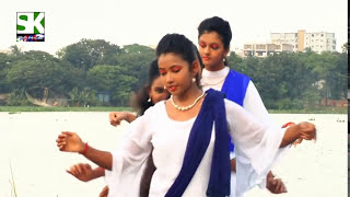 Dekhecho Ki Take oi nil nodir dhare__Beautiful Bangle dance.