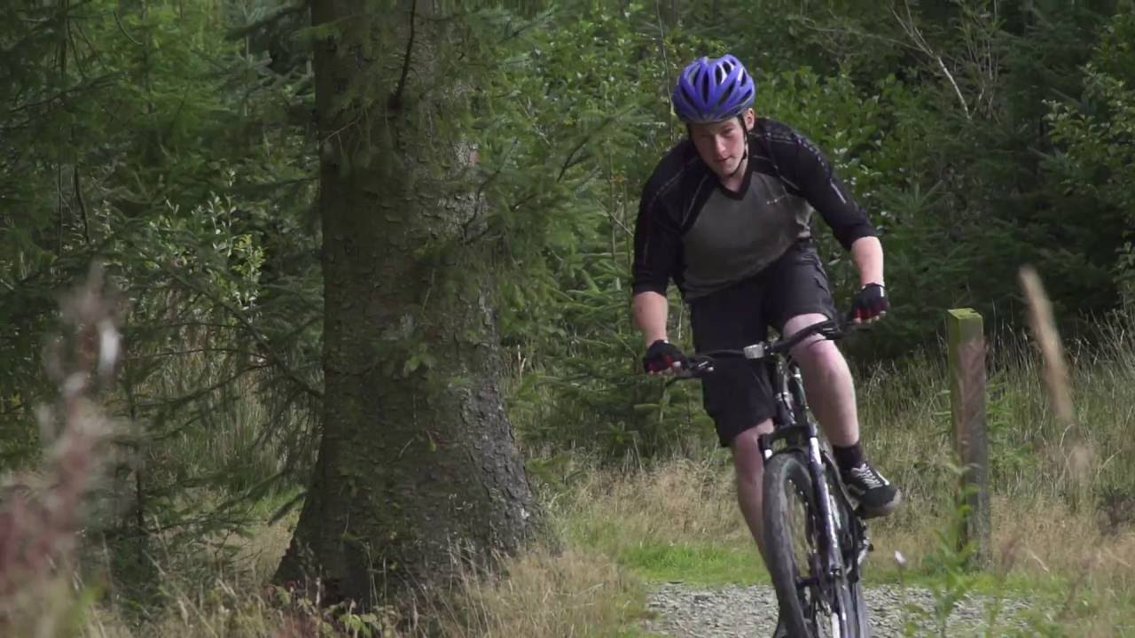 Carrera Vengeance Men's Mountain Bike | Halfords UK