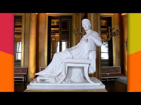 """""""La Dévideuse"""" de Jean-Jules Salmson et """"Hélène assise"""", sculpture antique"""