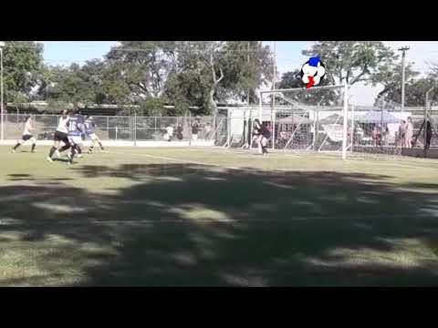 El gol de Laura Gómez (Parcial La Salle 2 -  Peñarol 2)