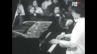 IVO IVO IVO Pogorelich plays Chopin Nocturne op. 55 no. 2 - video 1980